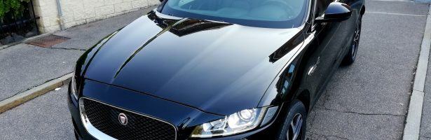 JAGUAR F-Pace 2.0 D AWD Prestige Automatica