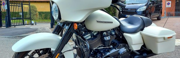 HARLEY DAVIDSON TOURING STREET GLIDE SPECIAL 107